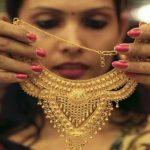 1700 रुपये सस्ती हो गई चांदी, सोने के भाव में आई इतनी गिरावट